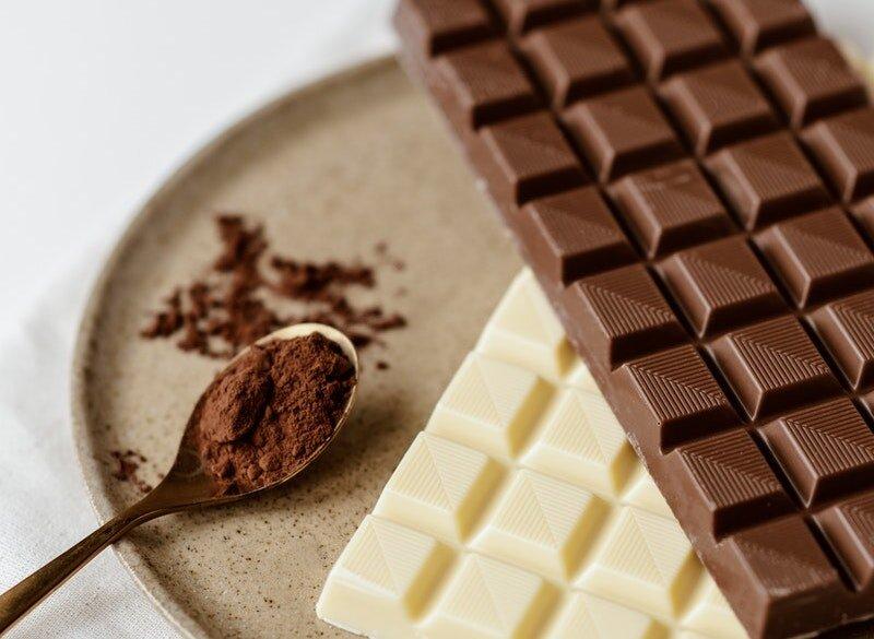 بعد از بیدارشدن از خواب شکلات بخورید